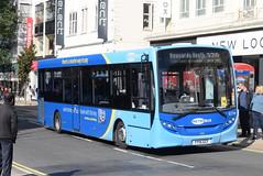 MB 6774 @ Churchill Square, Brighton (ianjpoole) Tags: metrobus alexander dennis enviro 200 yy15gcf 6774 working route 270 churchill square brighton east grinstead railway station