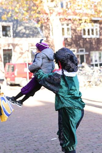 "2018-11-18 Sinterklaas-fotografie VraagAnthea (2) <a style=""margin-left:10px; font-size:0.8em;"" href=""http://www.flickr.com/photos/44627450@N04/45249170144/"" target=""_blank"">@flickr</a>"
