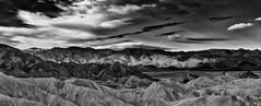 Sunrise at Zabriskie Point - Death Valley, Colorado (W_von_S) Tags: deathvalley nationalpark desert wüste colorado southwest südwesten usa us america amerika unitedstates vereinigtestaaten landschaft landscape panorama paysage paesaggio natur nature blackwhite sw schwarzweis monochrome berge mountains hügel hills himmel sky wolken clouds light licht sonnenaufgang sunrise highcontrast sony sonyilce7rm2 wvons werner autumn herbst 2017 oktober october