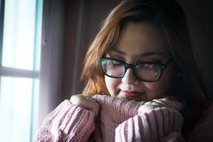 DSC_0474 (davidcasanova1994) Tags: pink portrait light girl beauty glass windows nikon d610 nikkor 50mm 18g iluminacion sombras shadows girlfriend love winter spain day ilumination