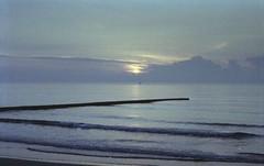 zenit 19-helios 44m2056 (Fabio.Buoso) Tags: mare nebbia alba caorle venezia italia zenit 19 film camera analogic