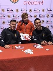 Signatura d'autògrafs al Parc Infantil de Nadal de Tarragona