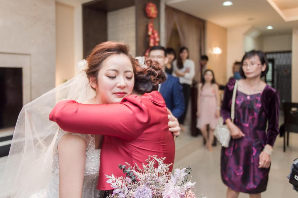 台南東東宴會式場 婚宴 走在幸福的紅毯上 R & B 061