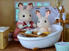 B is for Bunny's Bath Time (linda_lou2) Tags: 365the2019edition 3652019 day33365 02feb19 33365 februaryalphabetfun theletterb calicocritters bunny rabbit bathroom bathtub bath sylvanianfamilies
