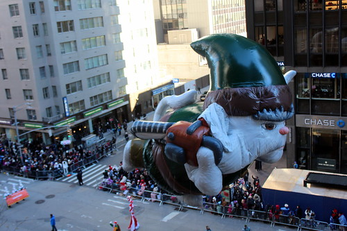 2018 Macy's Thanksgiving Day Parade - Christmas Chronicle