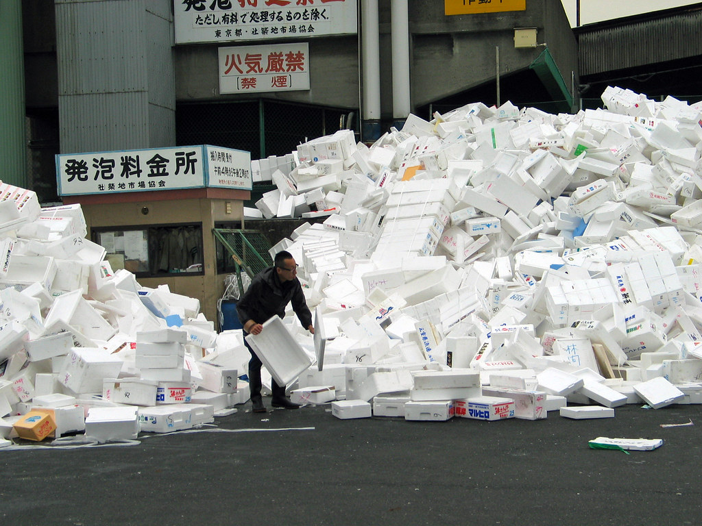 The World's Best Photos of styrofoam and tsukiji - Flickr