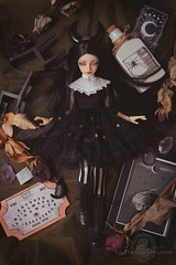 .The Witching Hour. (.daria. [the haunted dollhouse]) Tags: dollzone binli bili msd dollfie bjd balljointeddoll probjdartists thehaunteddollhouse