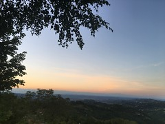 Roddino (Langhe) - Sunset (Alessia.Malachiti) Tags: langhe piemonte piedmont wine vino barolo roddino cuneo