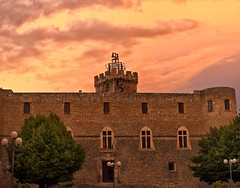 Piccolomini castle under an orange sky (Mario Ottaviani Photography) Tags: sony sonyalpha italy italia paesaggio landscape travel adventure nature scenic exploration view vista breathtaking tranquil tranquility serene serenity calm marioottaviani viaggio avventura natura esplorazione excursion escursione capestrano abruzzo sky cielo castello castle piccolomini orange arancione sunset tramonto
