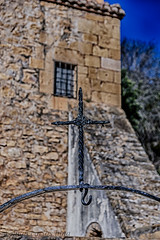 CRUZ (juan carlos luna monfort) Tags: religioso religion hierro piedra roca hdr traiguera castellon castello santuarifontdelasalut nikond7200 sigma1750 calma paz tranquilidad