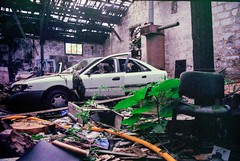 Hidden car (herbdolphy) Tags: analogique analog argentique abandoned pellicule 35mm yashica fx3super2000 film filmisnotdead kodak urbex