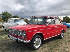 Lada (turbocontinental) Tags: lada1500 vaz2103