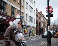 Brick Lane - London 2019 (XBeauPhoto) Tags: london london2019 candid citylife streetphoto streetphotography urban oldlady bricklane eccentric eastlondon eastend