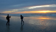 Ready to pose (afagen) Tags: california pacificgrove asilomarstatebeach montereypeninsula asilomar beach pacificocean ocean sunset dusk