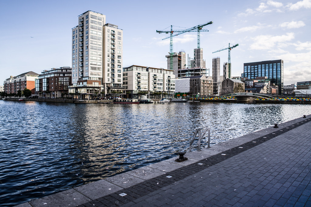 GRAND CANAL SQUARE [GRAND CANAL DOCK AREA OF DUBLIN DOCKLANDS]-145967