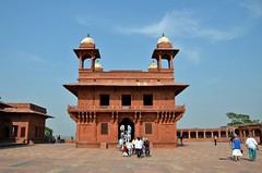 Central Structure (Pedestrian Photographer) Tags: fatehpur sikri india indian site fort ancient tourists sky architecture