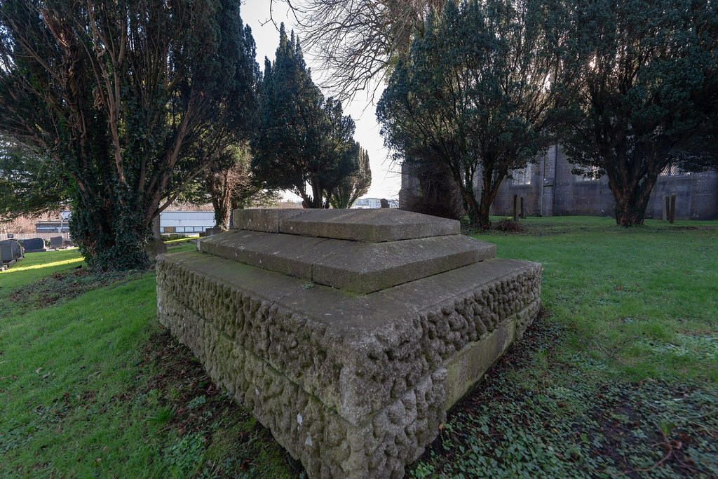 ST COLUMBA'S CHURCH AND GROUNDS IN SWORDS COUNTY DUBLIN [CHURCH ROAD]-148778