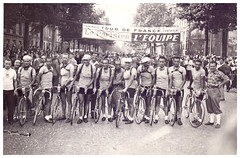 Italian Team, Tour de France. (Paris-Roubaix) Tags: tour de france italian team vintage bicycle racing photographs le parisien equipe