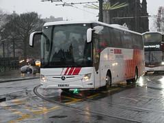 Landtourer Coaches of Fareham Mercedes Benz Tourismo M2 BU18YRJ, in Globus Tours livery, at Princes Street, Edinburgh, on 29 November 2018. (Robin Dickson 1) Tags: landtoureroffareham busesedinburgh mercedesbenztourismom2 globustours bu18yrj
