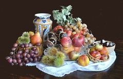 Piramide autunnale (Melisenda2010) Tags: naturamorta stilllife autunno frutta uva coth coth5 fabuleuse