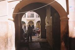 archway 👥 (Manu Higueras) Tags: 35mm 35mmfilm 35mmphotography believeinfilm people keepfilmalive ishootfilm filmisnotdead filmphotography filmfeed filmphotographer filmphoto filmcamera filmcommunity filmforever marrakech olympusmju kodak buyfilmnotmegapixels
