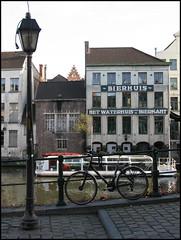 Het Waterhuis aan de Bierkant, Ghent (Wagsy Wheeler) Tags: ghent belgium pub bike bicycle lamp lamppost streetlamp streetscene hetwaterhuisaandebierkant waterhuisaandebierkant bierhuis river leie riverleie building bar architecture gent