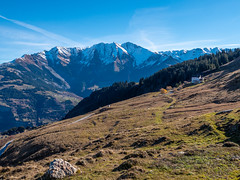 Bündner Rigi (oonaolivia) Tags: bündnerrigi obersaxen graubünden grisons schweiz switzerland berge mountains hiking walking herbst autumn nature