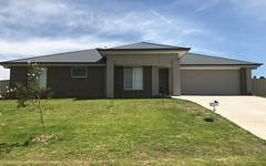1 Vineyard Drive, Cowra NSW