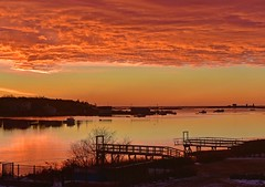 Winter sunrise (Robert Dennis Photography) Tags: reflections maine kennebunkport capeporpoise sunrise