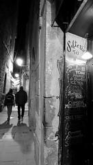 Narrow (fxdx) Tags: narrow barcelona street night people rx100m3 mono monochrome bw nb