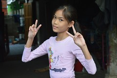 Happy (Peaceful) New Year! (the foreign photographer - ฝรั่งถ่) Tags: pretty girl child new year 2019 khlong thanon portraits bangkhen bangkok thailand nikon d3200