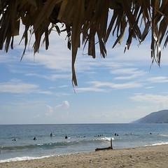 Surfistas   C I E L O S / Sky  #Naiguata #nubes  #devenezuelasoy #clouds  #playa  #ElNacionalWeb  #sky  #lookingforTheSunshine #CostasVenezuela #colours   #sea  #beach   #nature  #skyconcepto #ig_vargas_ (skyconcepto) Tags: instagramapp square squareformat iphoneography uploaded:by=instagram