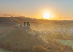 Morning Light over Corfe Castle (Twogiantscoops) Tags: corfecastle giftoflife mirrorlock iplymouth sunburst westhill jurassic corfe castle dorset sunrise southwest sunkissed dawn carryaorgandonorcard landscape leefilters 2470mm frost manfrotto painterly feelgood 5dmk2 chrismarshall'simages twogiantscoops scoopsimages autumn