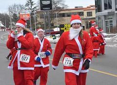 2018 The Santa Pur-suit (runwaterloo) Tags: julieschmidt 2018santapursuit3km 2018santapursuit santapursuit3km runwaterloo 527 607 773