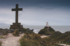 Llanddwyn Island, Anglesey (Photography by Ali Roberts) Tags: llanddwynisland anglesey northwales lighthouse cross sea ©alisonroberts