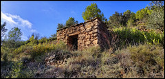 Barraca - Catalunya - Spain - (Tomas Mauri) Tags: barraca naturaleza house nature fence colour españa cataluña catalunya elbages europa