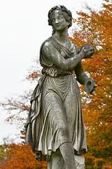Cymbals Statue (Bri_J) Tags: chatsworthhousegardens bakewell derbyshire uk chatsworthhouse gardens chatsworth statelyhome nikon d7500 statue stone lady autumn fall cymbals