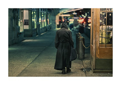 Nightwalker (Nico Geerlings) Tags: ngimages nicogeerlings nicogeerlingsphotography nyc ny usa manhattan newyorkcity streetphotography wanderer stranger night nightphotography grandcentral 42ndstreet midtown alone loneliness solitude fujifilmxt2 xf56mm cinematic