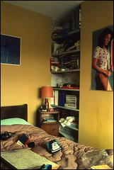 Dissection of a Teenager's Bedroom (david.hayes77) Tags: beeston notts nottingham ng91ql lilygrove bedroom teenagersbedroom 1975 agfact18 history