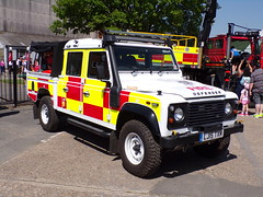 6285 - Surrey FRS - LJ15 TXM - 101_1796 (Call the Cops 999) Tags: uk gb united kingdom great britain england 999 112 emergency service services vehicle vehicles frs fire and rescue surrey brooklands museum open day bank holiday monday may 2018 7 7th
