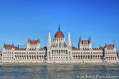 The parliament (Ivan Berta) Tags: europe hungary hungaria budapest parliament donau danube blue view town old roof white reflection summer holiday
