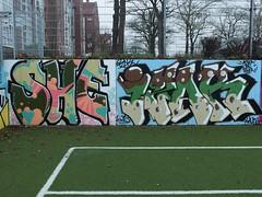 SHE . IZAK (mkorsakov) Tags: dortmund city innenstadt unionviertel fusballplatz bolzplatz kunstrasen graffiti wand wall legal bunt colored izak she