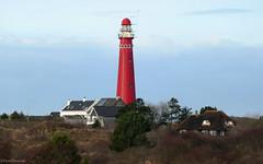 Schiermonnikoog: lighthouse (Henk Binnendijk) Tags: schiermonnikoog island eiland noordzee waddenzee waddeneiland vuurtoren duinen dunes insel île isle netherlands nederland holland dutch friesland lighthouse torenbinnenpad fryslân rood red