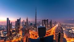 Dubai Morning Dawn (andreasmally) Tags: skyline skyscraper sky morning sunrise bluehour wolkenkratzer dubai burjkhalifa burj khalifa street strasse united arab emirate vereinigte arabische emirates sheik zayed road