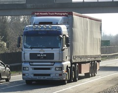 EU07 OWH at Welshpool (Ex Chris Smith Services) (Joshhowells27) Tags: lorry truck man eu07owh curtainsider bear mantga