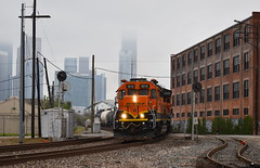 In The City (Jacob Narup) Tags: train trains railfan railroad railfanning texas bnsf bnsfrailway bnsf1610 sd402 houston houstontx houstontexas