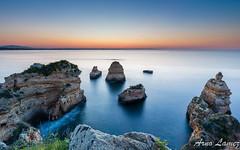 lever de soleil en algarve (arnolamez) Tags: sea seascape portugal algarve leverdesoleil sunrise poselongue longexposure landscape paysage