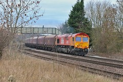 The Bin Man Cometh (JohnGreyTurner) Tags: br rail uk railway train transport diesel engine locomotive newbarnetby freight 66 class66 shed coal hoppers lincolnshire