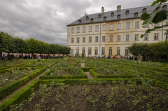Rose Garden at Neue Residenz 3 (rschnaible) Tags: bamberg germany europe outdoor sightseeing building architecture neue residence