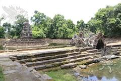 Angkor_Neak_Pean_2014_12